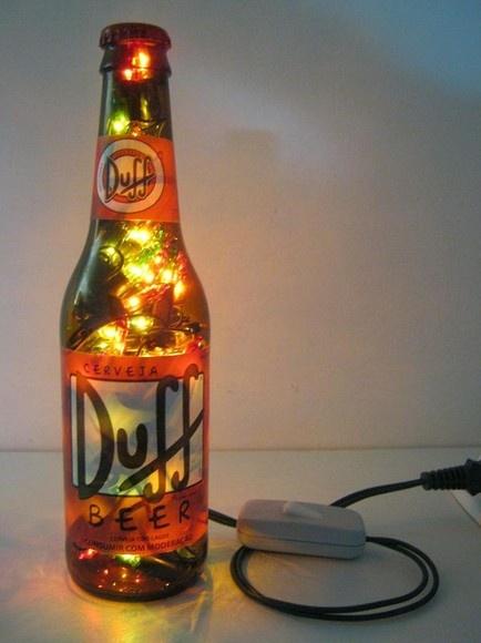 luminaria artesanal com garrafa de vidro e luz pisca