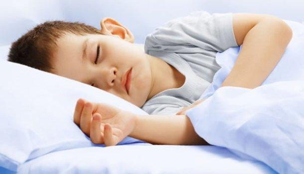 Um dia o mundo há de acordar nas mãos de uma criança que dorme