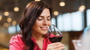 Previsão para ser feliz: beba mais vinho e coma a sobremesa antes do almoço!
