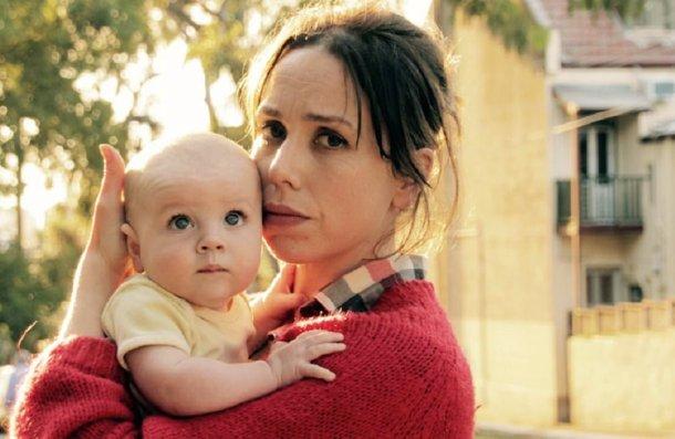 Turma do Peito (2017), Alison Bell e Sarah Scheller