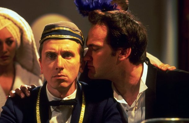 "Grande Hotel (segmento ""The Man from Hollywood"") (1995)"