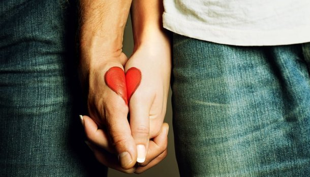 40 coisas ridículas que todo mundo já fez por amor