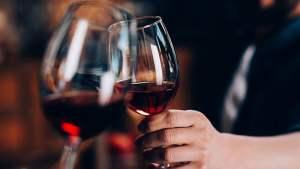 O milagre do vinho: estudo confirma que vinho tinto ajuda a emagrecer e combate a depressão