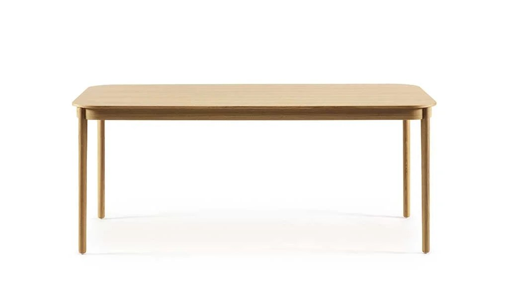 Diseño nórdico. Mesa