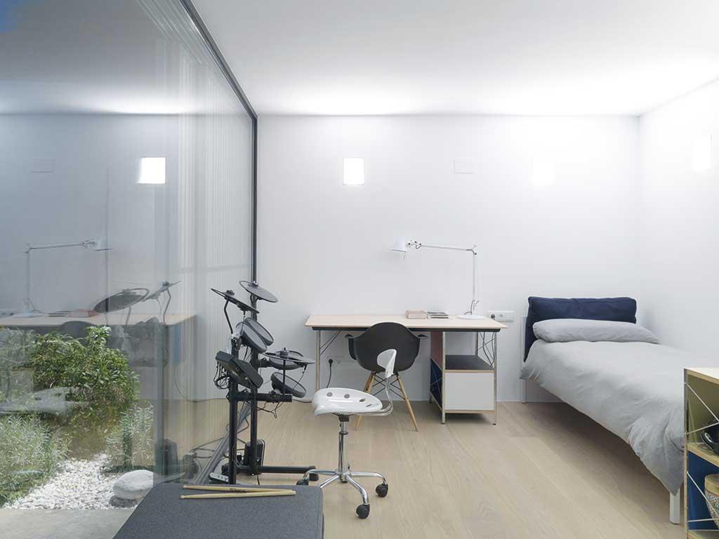 Casas transparentes. Dormitorio.