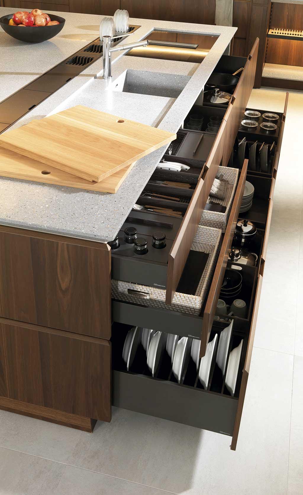 Soluciones almacenaje cocina platos