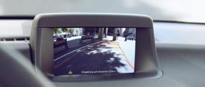 Asistencia al aparcamiento mediante cámara de visión trasera