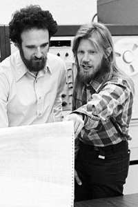 Stanford's Martin Hellman, left, and Whitfield Diffie, shown in 1977, were awarded the 2015 A.M. Turing Award this week. (Image credit: Chuck Painter/Stanford News Service)