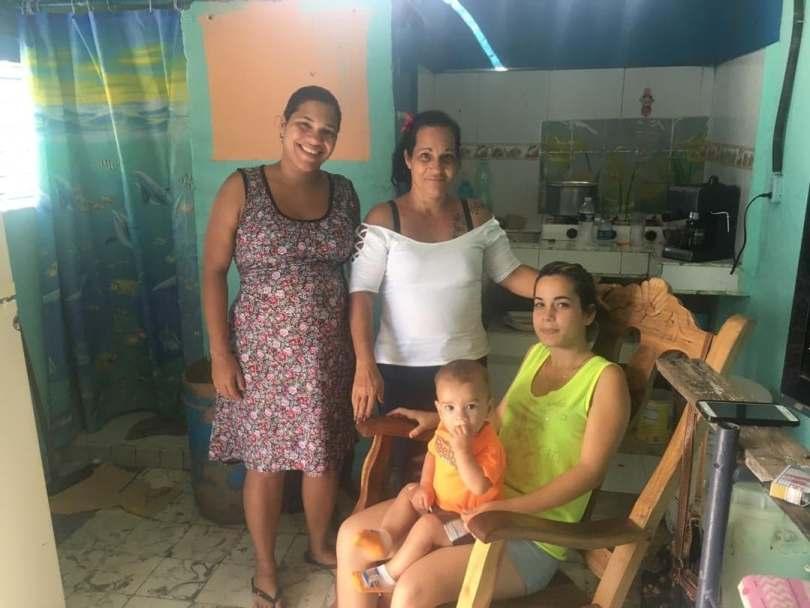 María Luisa y su familia/ Foto: Darío Alejandro Alemán.