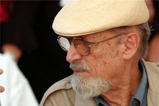 Roberto Fernández Retamar.