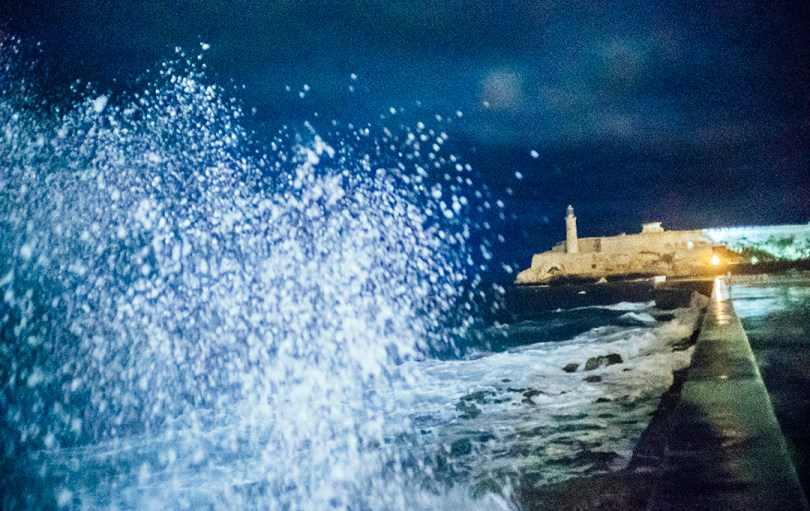 Engin Güneysu. La Habana: When the night comes.