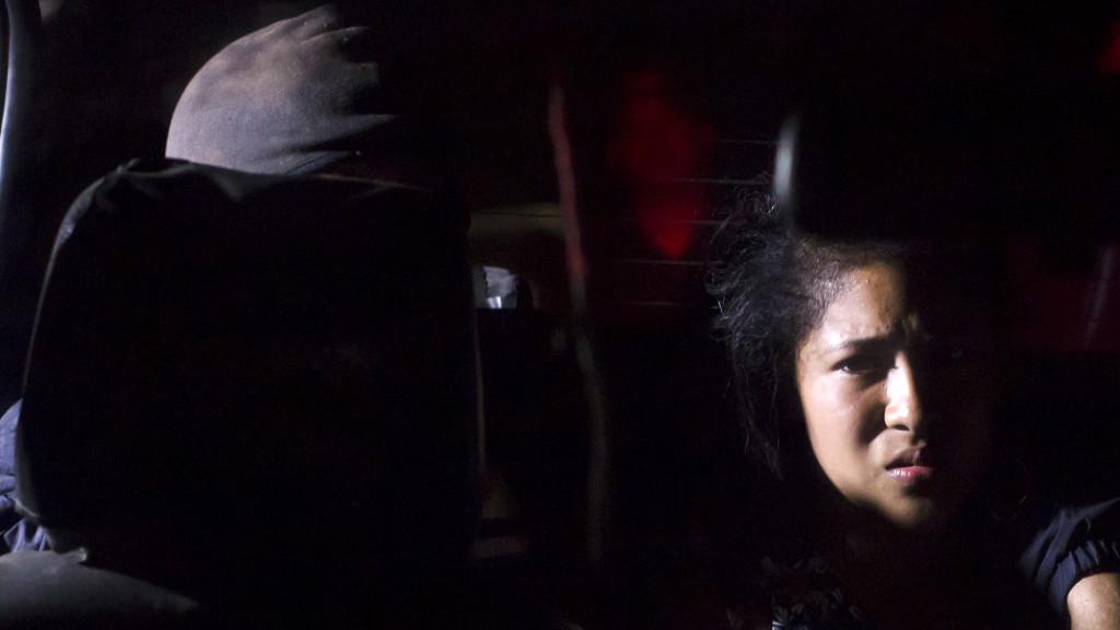 Foto-ilustración del tema de mujeres pandilleras en El Salvador. Crédito: Salvador Meléndez.