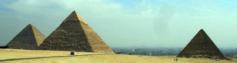 Pirâmides de Quéops, Quéfren e Micerino, Egipto.