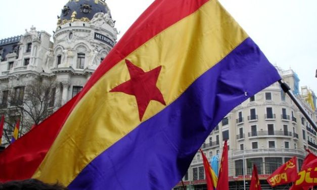 Ni Unidos Ni Podemos Ni República. La triple negación de la izquierda parlamentaria.