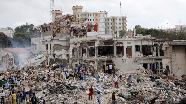 Somalia: 512 fallecidos en el ataque con coche bomba en Mogadiscio del 14 de Octubre.