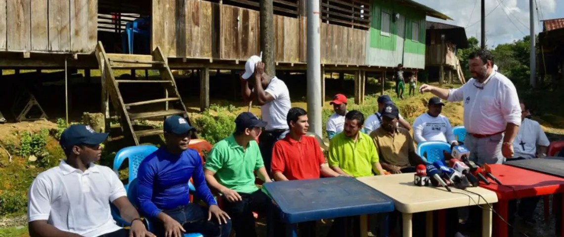 ELN cumplió en dar libertad a militares y civiles retenidos en el Chocó.