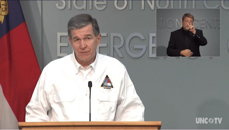 Fase2 Carolina del Norte Gobernador Roy Cooper