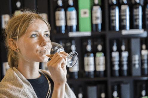 Degustação de vinho madeira