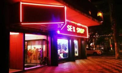 """Sex Shop em São Paulo inaugura """"Bar Hot"""" com drinks especiais e música ao vivo"""