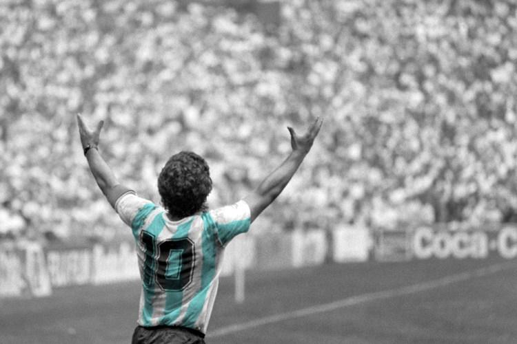 MEXICO. Mexico DF. 29/06/86. Mundial '86. Diego MARADONA celebrating Argentina victory of World Cup at Azteca stadium.