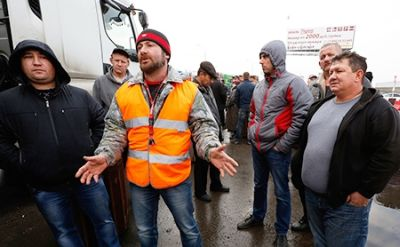 Массовая акция протеста дальнобойщиков в Ростове-на-Дону