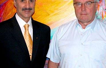 Jorge O. González junto a Pat McQuaid