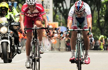 Serpa sigue al frente de la carrera malaya