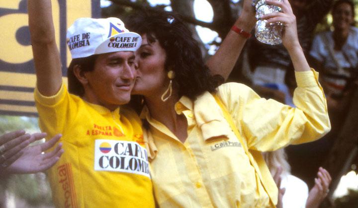 Lucho Herrera subía nuevamente al podio para vestirse de amarillo a falta de tres jornadas para el cierre de la vuelta