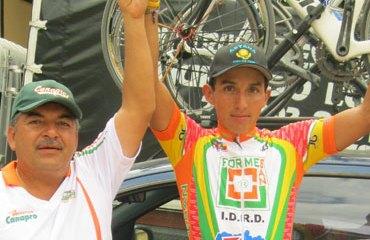 Brayan Ramírez junto a Fabio Chingate