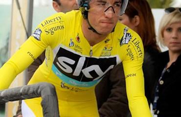 Sergio Henao apunta a convertirse en el mejor escudero de Wiggins en el Giro