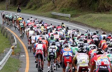 Lote ciclístico nacional en plena competencia del calendario 2013