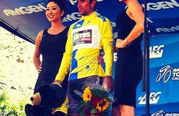 Acevedo continúa en lo más alto del podio californiano