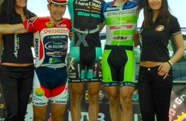 Leonardo Páez en el podio en Marina di Cecina, Toscana