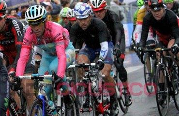 El podio del Giro está con Nibali, Evans y Urán hasta el momento