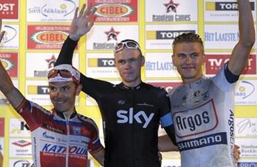Froome volvió a pisar un podio después del Tour de Francia