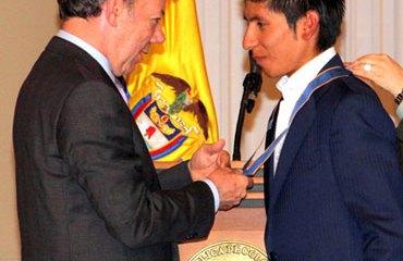 Quintana recibió la Cruz de Boyacá de manos del Presidente Santos