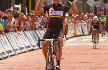 Jonathan Restrepo repitió victoria de etapa en la Vuelta