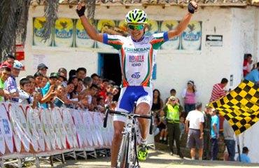Rodolfo Torres ya es nuevo corredor del Team Colombia 2014