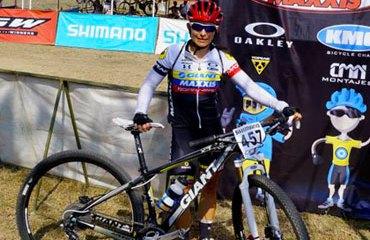 Angelita Parra sigue brillando en el ciclomontañismo internacional