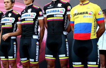 El Team Colombia en el homenaje póstumo a la tragedia de Fundación