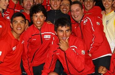 La escuadra rojinegra homenajeó a Heano, pedalista revelación en el pasado Giro
