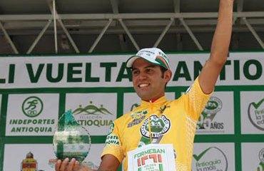 Camilo Gómez como campeón de la pasada Vuelta a Antioquia