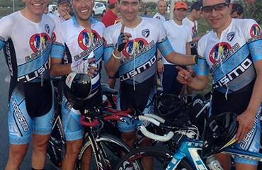 La cuarteta de Ejeciclismo sorprendió con un gran registro en la primera jornada de la cita nacional