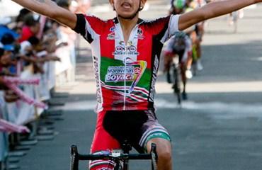 Camacho ganó en Pereira tras el siempre difícil paso por La Línea. Rubiano sigue al frente