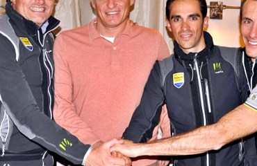 El Saxo-Tinkoff está con su manager Bjarne Riis suspendido de manera temporal