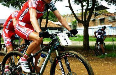 Leonardo Páez este domingo en campeonato mundial de Maratón