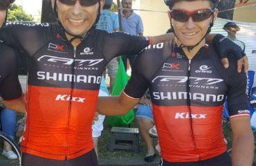Yeison Reyes (Derecha) fue el mejor colombiano en una convulsionada jornada en la Vuelta al Táchira 2018