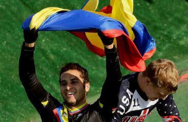 Carlos Ramírez en el mejor de los colombianos en el UCI BMX Ranking