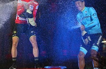 Miguel Ángel López cerró de manera brillante su participación en la Vuelta a España con el tercer cajón del podio