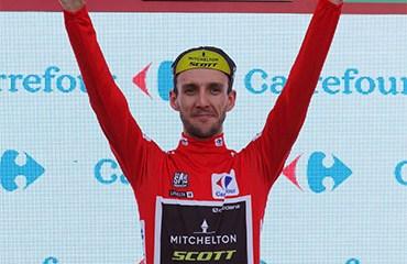 Yates ganó en Les Praeres y retornó al liderato de la Vuelta a España 2018